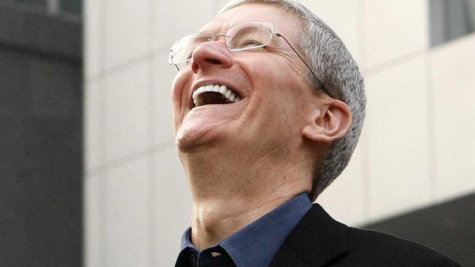 Тим Кук, глава Apple, объявил о своем уходе